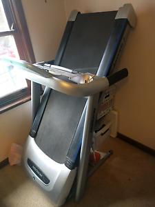 Horizon Adventure 3 Treadmill Rhodes Canada Bay Area Preview