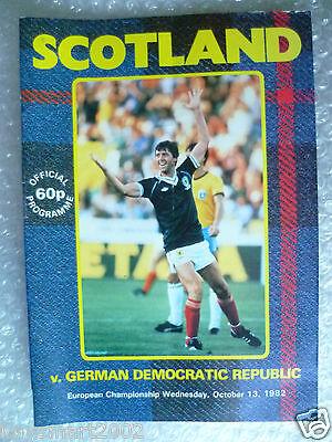 1982 SCOTLAND v GERMAN DEMOCRATIC REPUB., 13th Oct (European Championship Match)