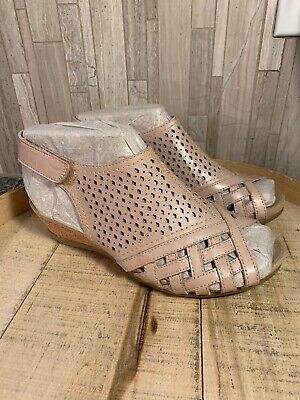 EARTH Pisa Galli 7.5W Leather Perforated Wedge Sandals Dusty Pink NEW