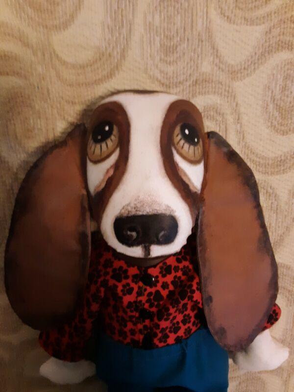 Primitive homespun Basset Hound Dog