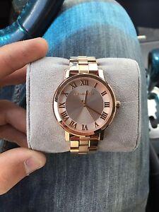 Micheal Kors Rose Gold Women's Watch Brand New Never Worn
