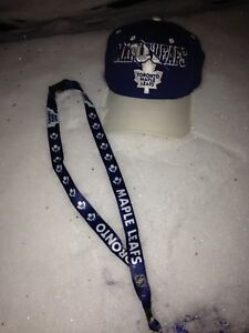 Toronto Maple Leafs Ball Hat and Lanyard (perfect gift idea)