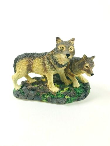 """🐺The North American Wildlife Collection  """"Gray Wolf"""" (Canis Lupus) Figurine🐺"""
