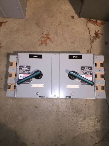 Siemens ITE V7F3644 Vacubreack panel board switch 200 Amp, 480 Volt twin,