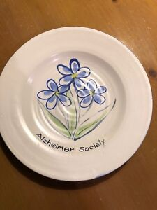 Hand-crafted Plate for Alzheimer Society