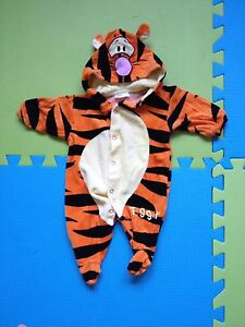 Tigger body suit for fall 0-3 months