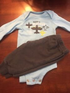 Size 0-3 month outfits