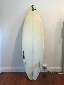 5.9 brand short surf board Murarrie Brisbane South East Preview