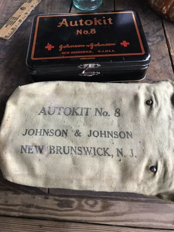Johnson & Johnson Autokit First Aid No 8 With Bag Great Condition