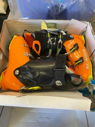 freedom rs alpine touring ski boots size