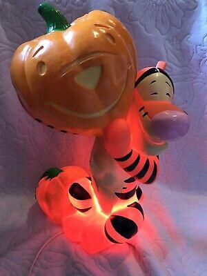 Disney Winnie The Pooh Tigger Halloween JackOLantern Light Paper Magic Blow mold