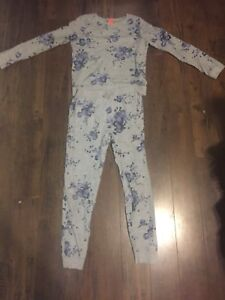 Girls/fits size 12-14/gray jogging  suit with purple flowers