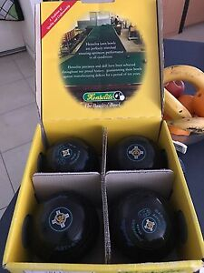 Henselite Lawn Bowl Set Willagee Melville Area Preview