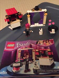 LEGO Friends Mia's Magic Tricks