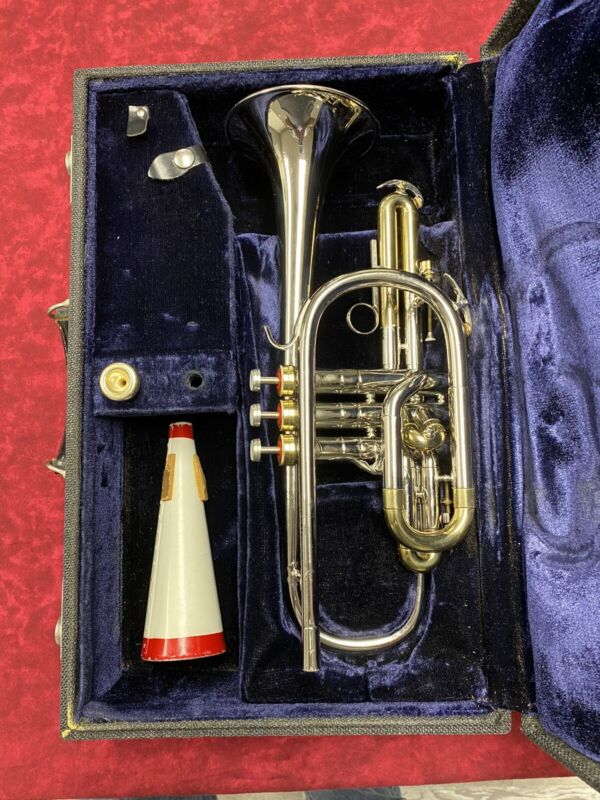 Vintage Conn Constellation Cornet