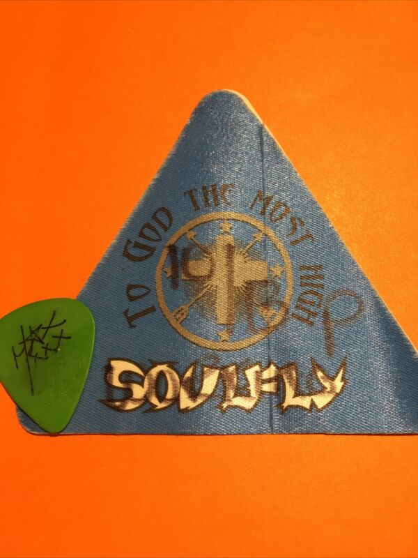Soulfly 🇧🇷 Max Cavalera 🎸Tour Guitar Pick & ⚡️To God Most High ⚡️Pass 2002