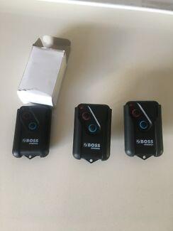 Boss/steel-line garage door remotes x 6