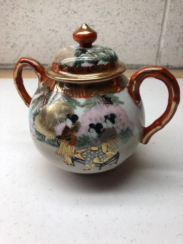 Antique Japanese Porcelain Sugar Bowl handpainted  Geisha Kutani