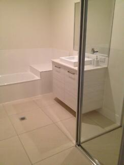 Double room for 1 person or a couple Capalaba Brisbane South East Preview