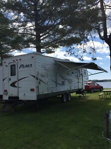 5th Wheel | Buy or Sell Used and New RVs, Campers & Trailers in