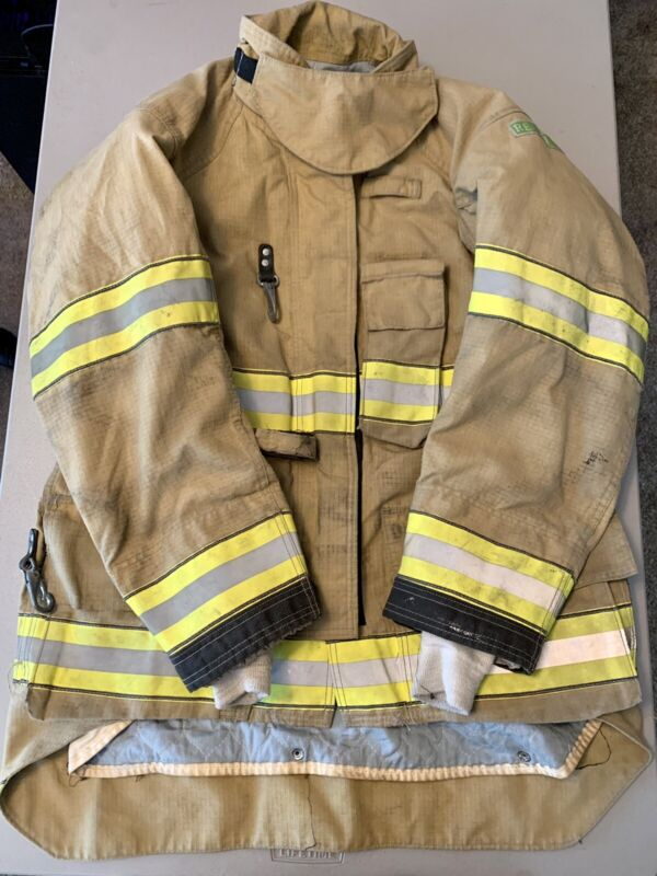 Cairns ReaXtion Turnout Bunker Coat 44 +2 X 32 Used - Great Condition  With DRD.