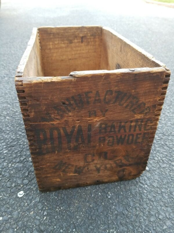 Antique Royal Baking Powder Company Wooden Dovetailed Crate Advertising