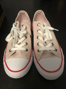 Converse - Brand New Never Worn