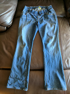 3 maternity jeans petite Taringa Brisbane South West Preview