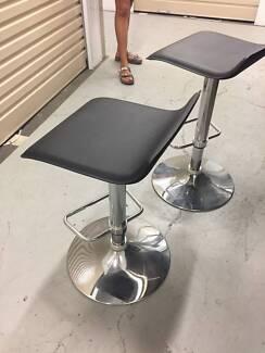 2 x Bar Stools - Freedom furniture - Used
