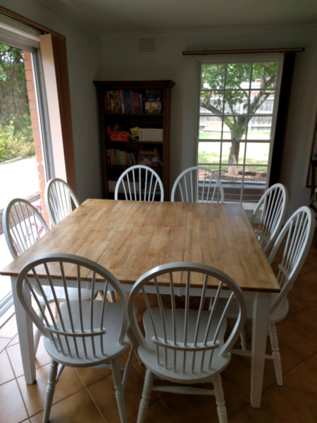 8 White Wooden Dining Chairs For Sale