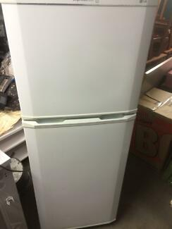 LG Fridge For sale Macgregor Brisbane South West Preview