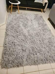 Amart Shaggy & Fluffy rug