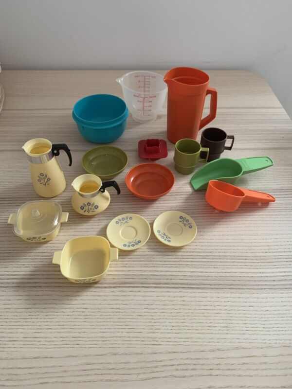 Lot Of Vintage Tupperware Toys And Vintage Corningware Toys lot