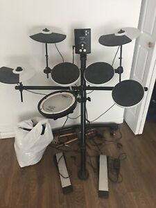 Rolland electric drums