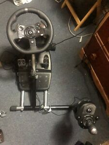 BRAND NEW GAMING WHEEL, PEDALS SHIFTER AND STAND. Logitech G920