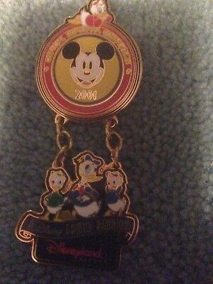 Disneyana 2001 Convention Dangle Pin Mickey Donald And Nephews LE