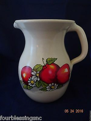 SHAKERS & THANGS-MARSHALL TX.-APPLES PATTERN POTTERY PITCHER-HANDLE-MADE IN USA