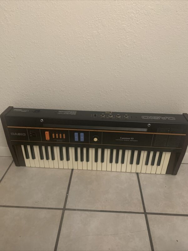 RARE Vtg CASIO CT-101 Casiotone Piano Keyboard Retro 80s Synthesizer Tested