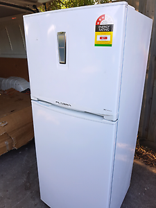 (( FREE DELIVERY) EXCELLENT 410L JAPANESE TOSHIBA FRIDGE Thomastown Whittlesea Area Preview