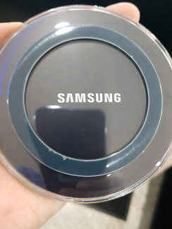 GENUINE SAMSUNG fast wireless charger