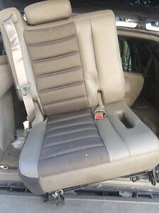 2003-2007 hummer h2 seat