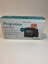 RadioShack Atomic-Controlled Projection Alarm Clock Backlit LCD 63-987