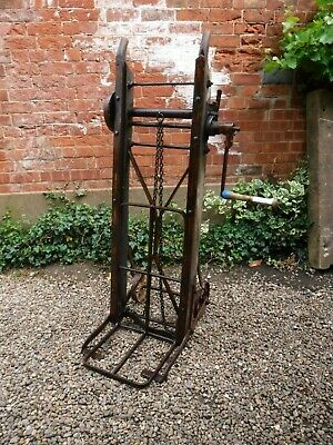 Vintage C.T Rushby, Lincolnshire Wind Up Sack Barrow (102P)