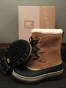 Sorel youth Caribou Waterproof Boot size 6