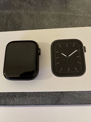 Apple Watch Series 5 44mm Space Grey Aluminium Case Black Sport Band - MWVF2B/A