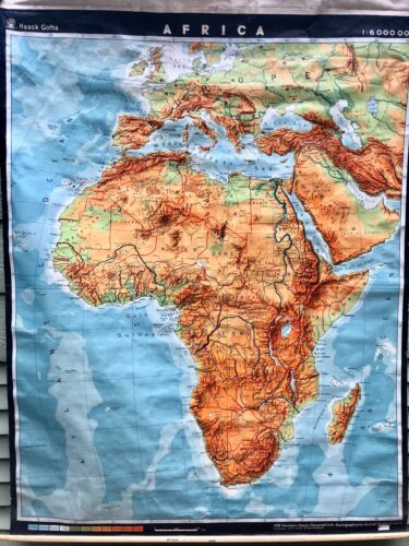 RARE!!VINTAGE HAACK GOTHA AFRICA CONTINENT ROLL PULL DOWN EDUCATIONAL SCHOOL MAP