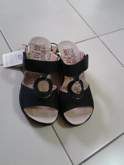 Rivers Shoes Size 9:Brand New with tags