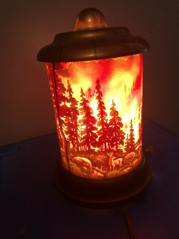 Antique Scene in Action Forest Fire motion lamp.