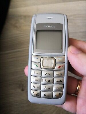 Nokia 1110i - Light grey (Unlocked) Mobile Phone