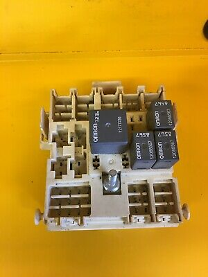 2000 2001 2002 Chevrolet Suburban or Tahoe wiring harness junction